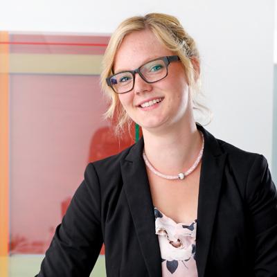 Mitarbeiterin Franziska Kückmann   rettig+partner versicherungsmakler   Rheda-Wiedenbrück