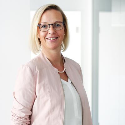 Mitarbeiterin Astrid Pannekoike | rettig+partner versicherungsmakler | Rheda-Wiedenbrück